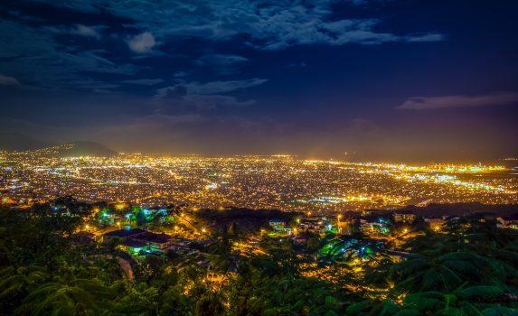 キングストンの夜景 ジャマイカの風景