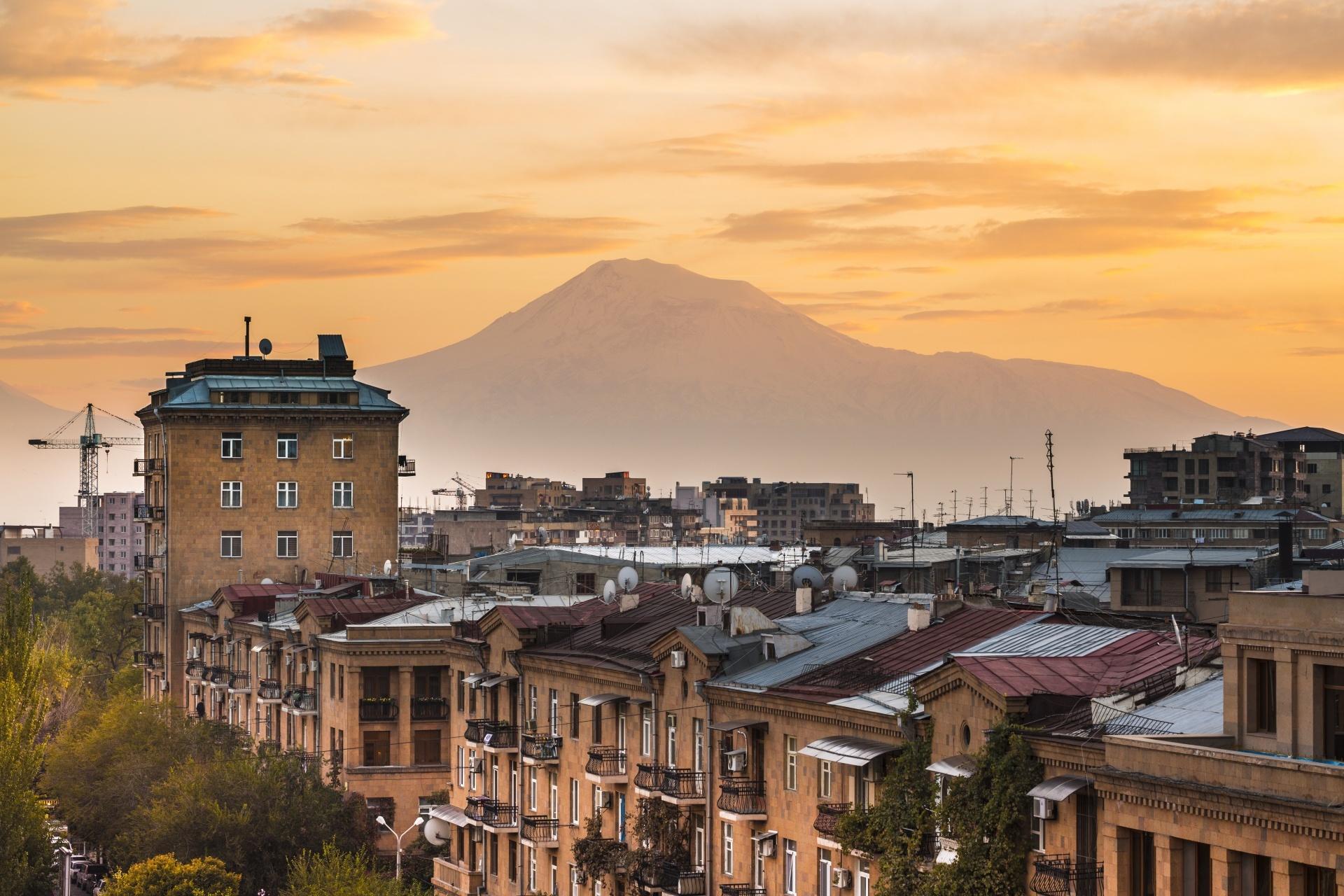 エレバンの朝の風景 アルメニアの風景