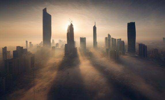 霧のクウェート・シティ クウェートの風景