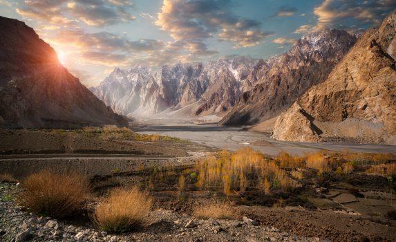 パスの風景 パキスタンの風景