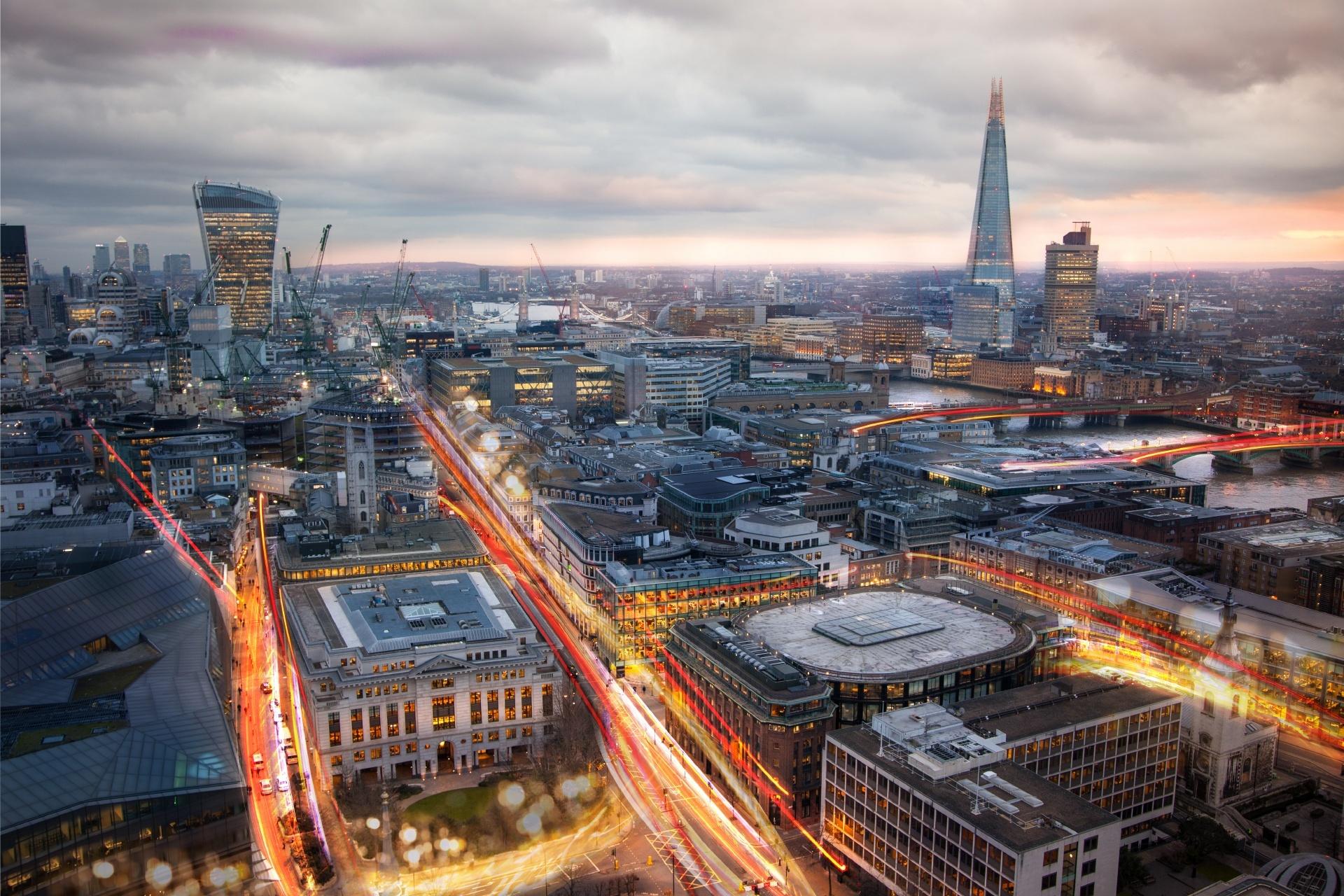 ロンドンの夕暮れ イギリスの風景