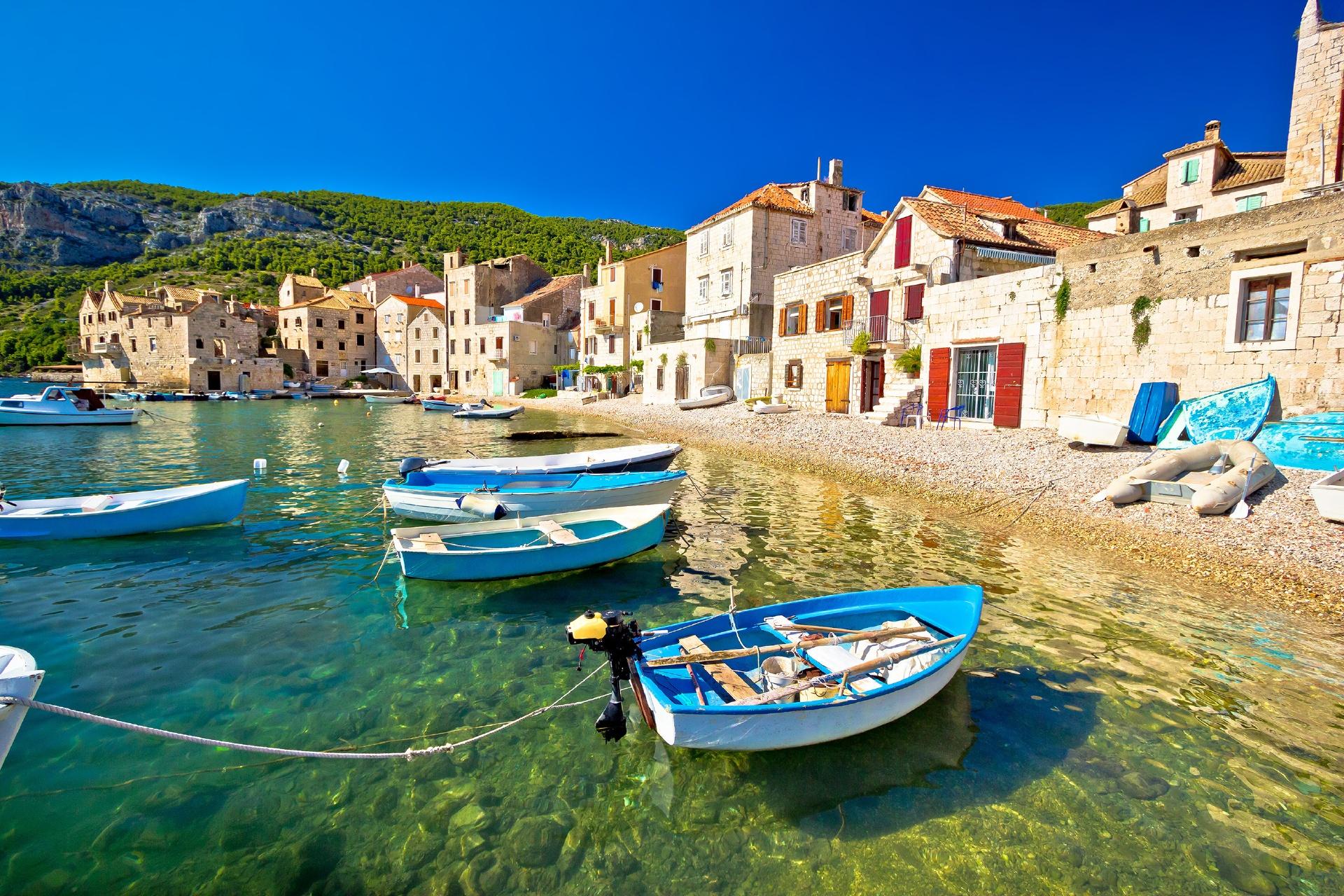 ヴィス島の風景 クロアチアの風景
