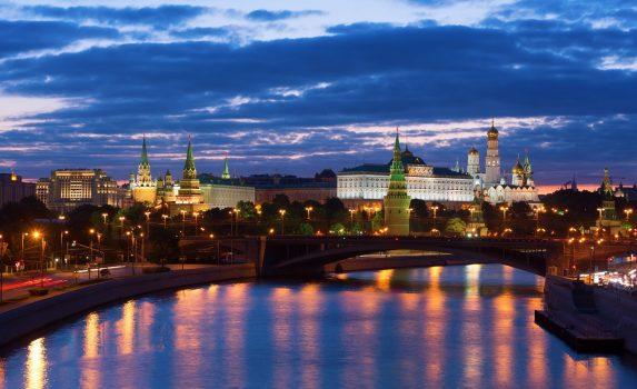 クレムリンとモスクワの夜景 ロシアの風景