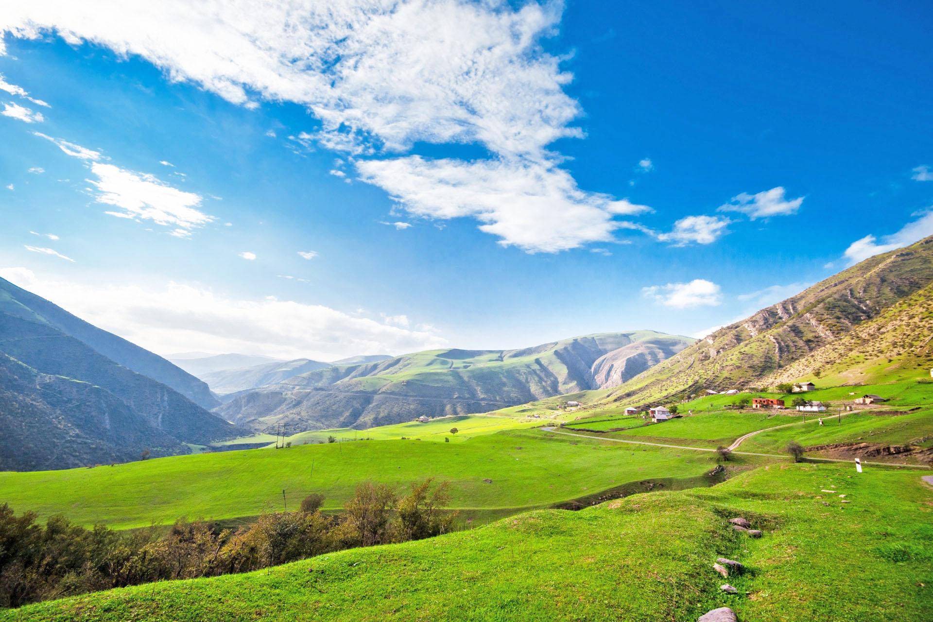 タリシュ山脈の風景 アゼルバイジャンの風景