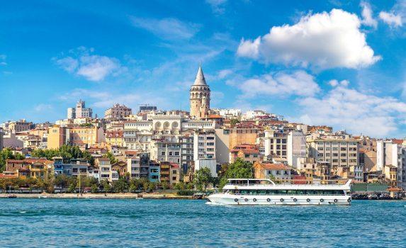 夏のイスタンブールの風景 トルコの風景