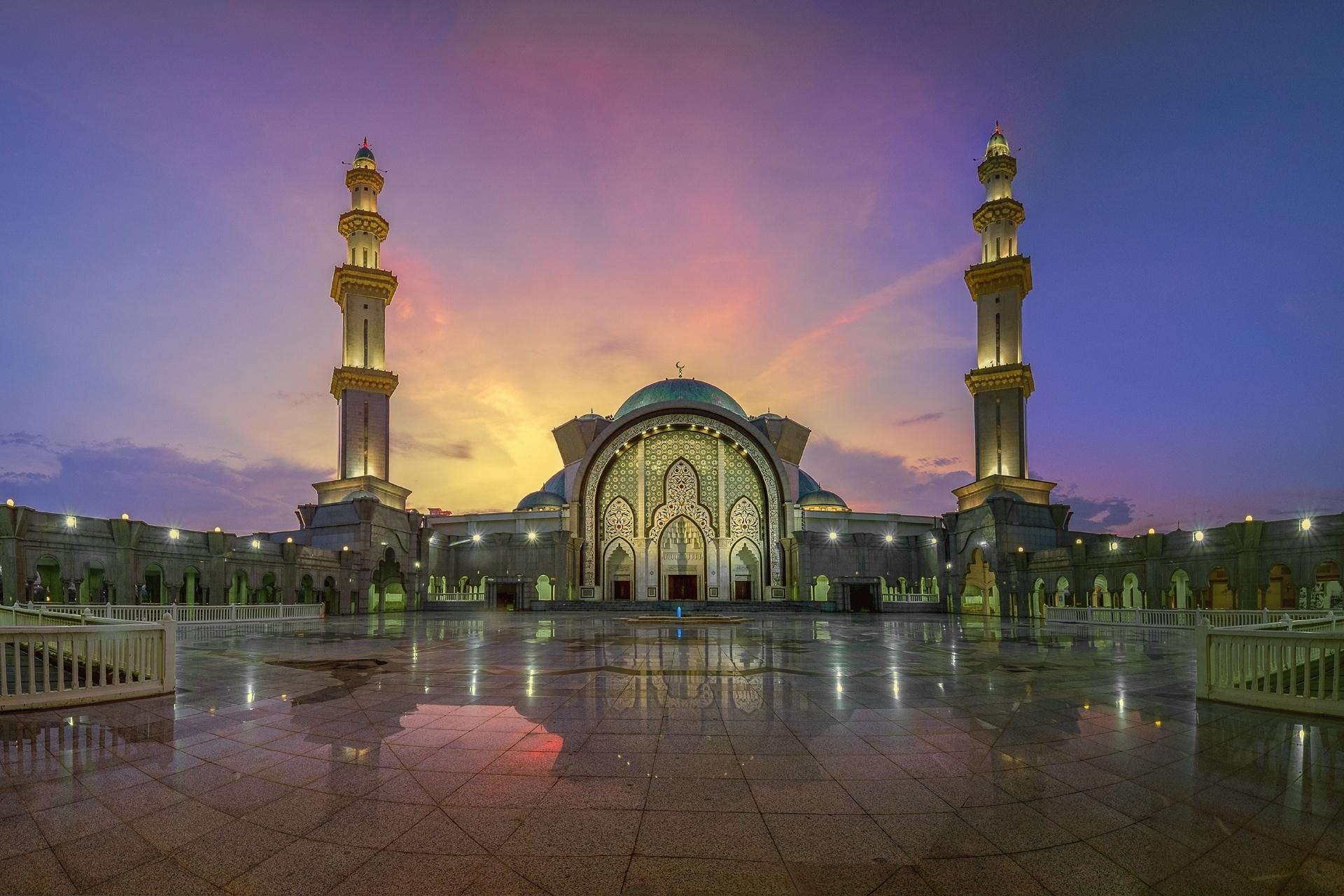 連邦直轄領モスクの日暮れの風景 マレーシアの風景