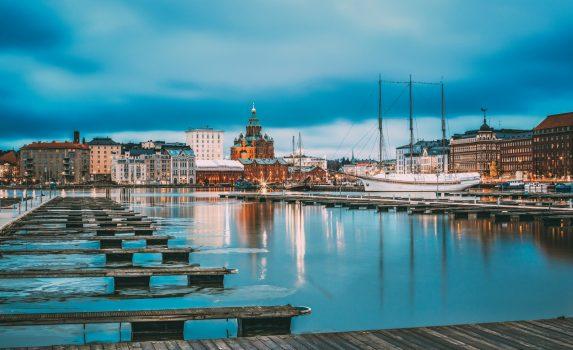 ヘルシンキの夕方の町並み フィンランドの風景
