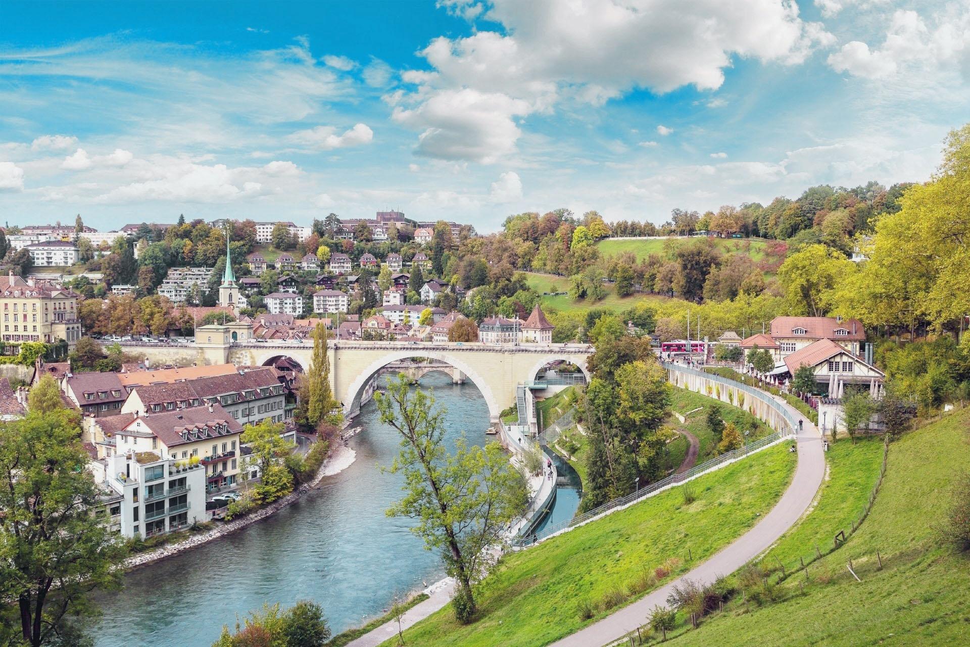 夏の日 ベルン スイスの風景