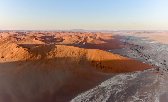 空から見るナミブ砂漠 ナミビアの風景