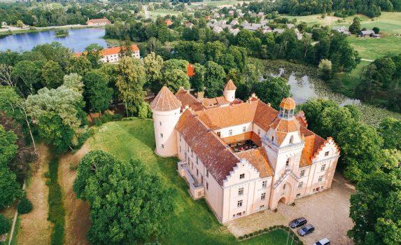 エドーレ城 ラトビアの風景