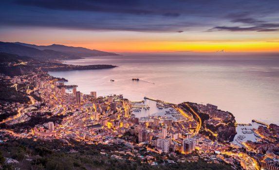 モンテカルロの夕暮れ モナコの風景