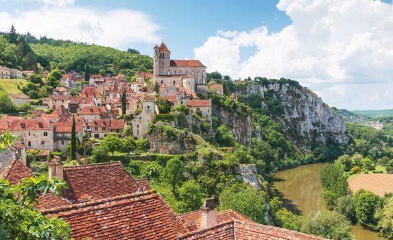 サン・シル・ラポピーの村の風景 フランスの風景