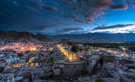 レーの夕暮れ インドの風景
