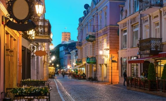 ゲディミナスの塔とヴィリニュスの風景 リトアニアの風景