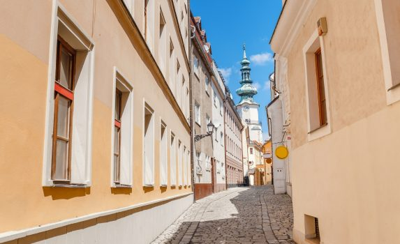 ブラチスラバの路地の風景 スロバキアの風景