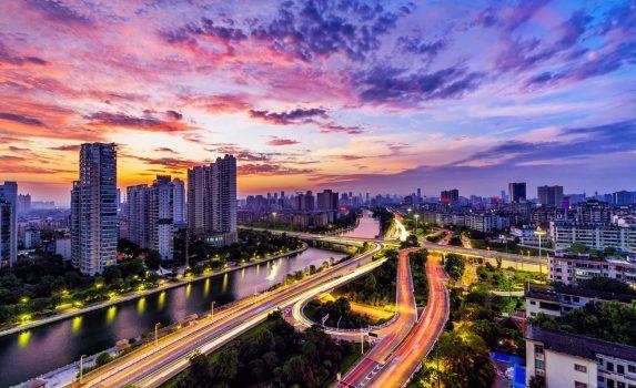 夕暮れの上海の街並み 中国の風景