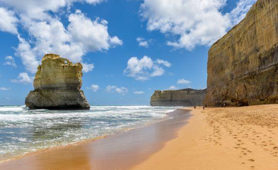 ポートキャンベル国立公園 砂浜と海崖の風景 オーストラリアの風景