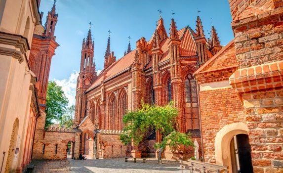 ビリニュス旧市街 聖アンナ教会 リトアニアの風景