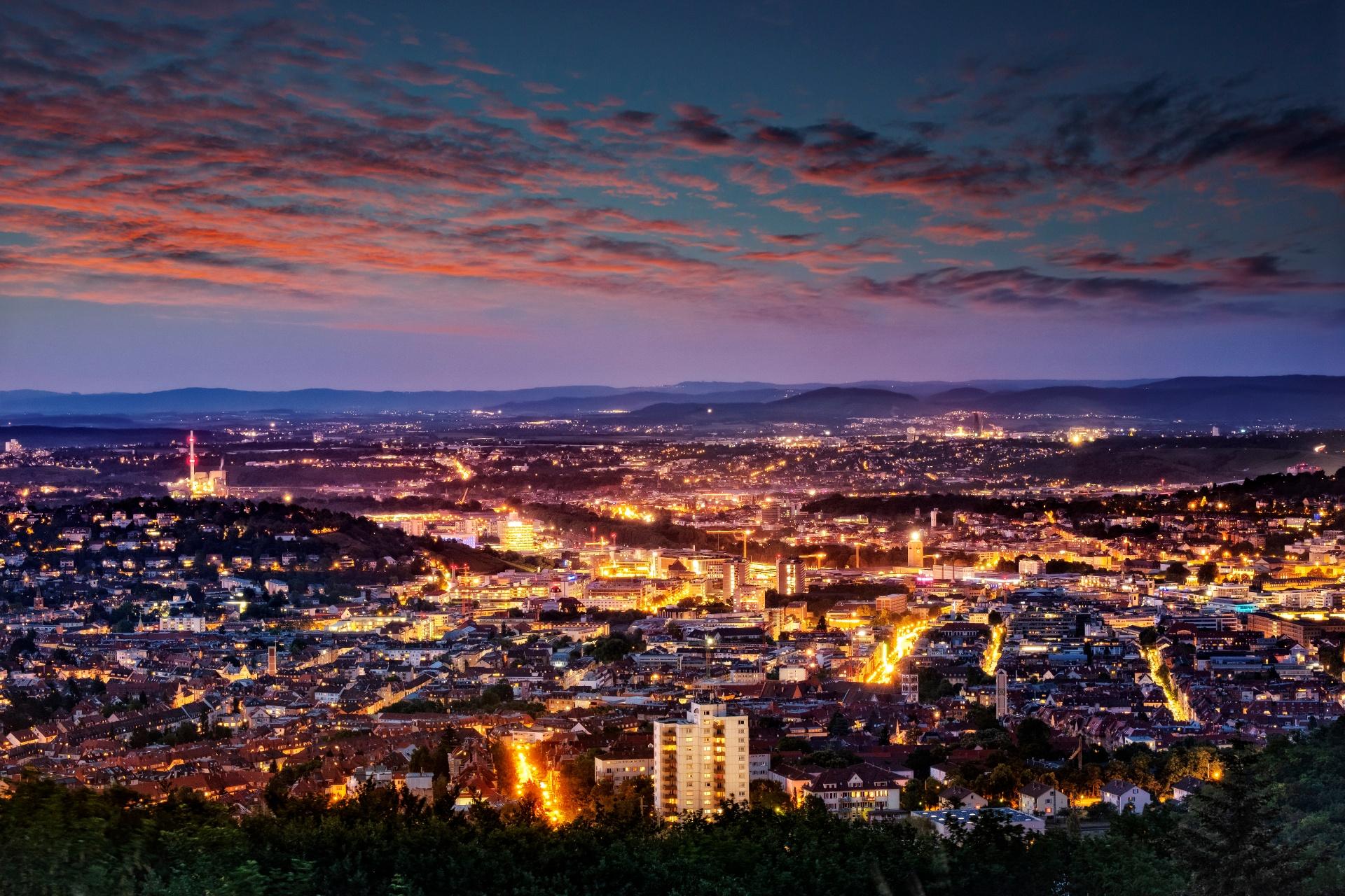 シュトゥットガルトの夕暮れ ドイツの風景