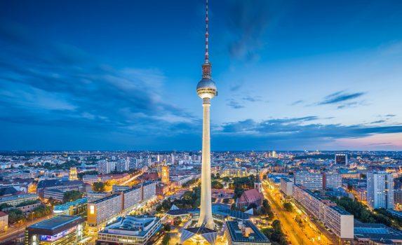 夕暮れ時のベルリンの風景 ドイツの風景