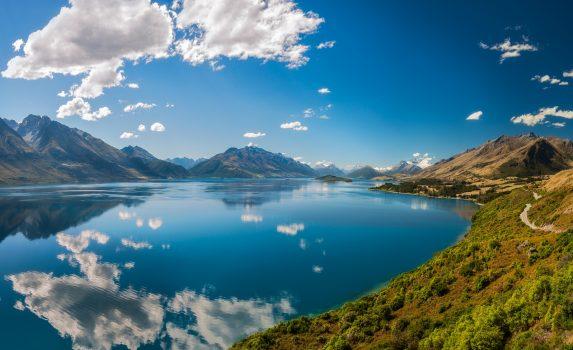 ワカティプ湖の風景 ニュージーランドの風景