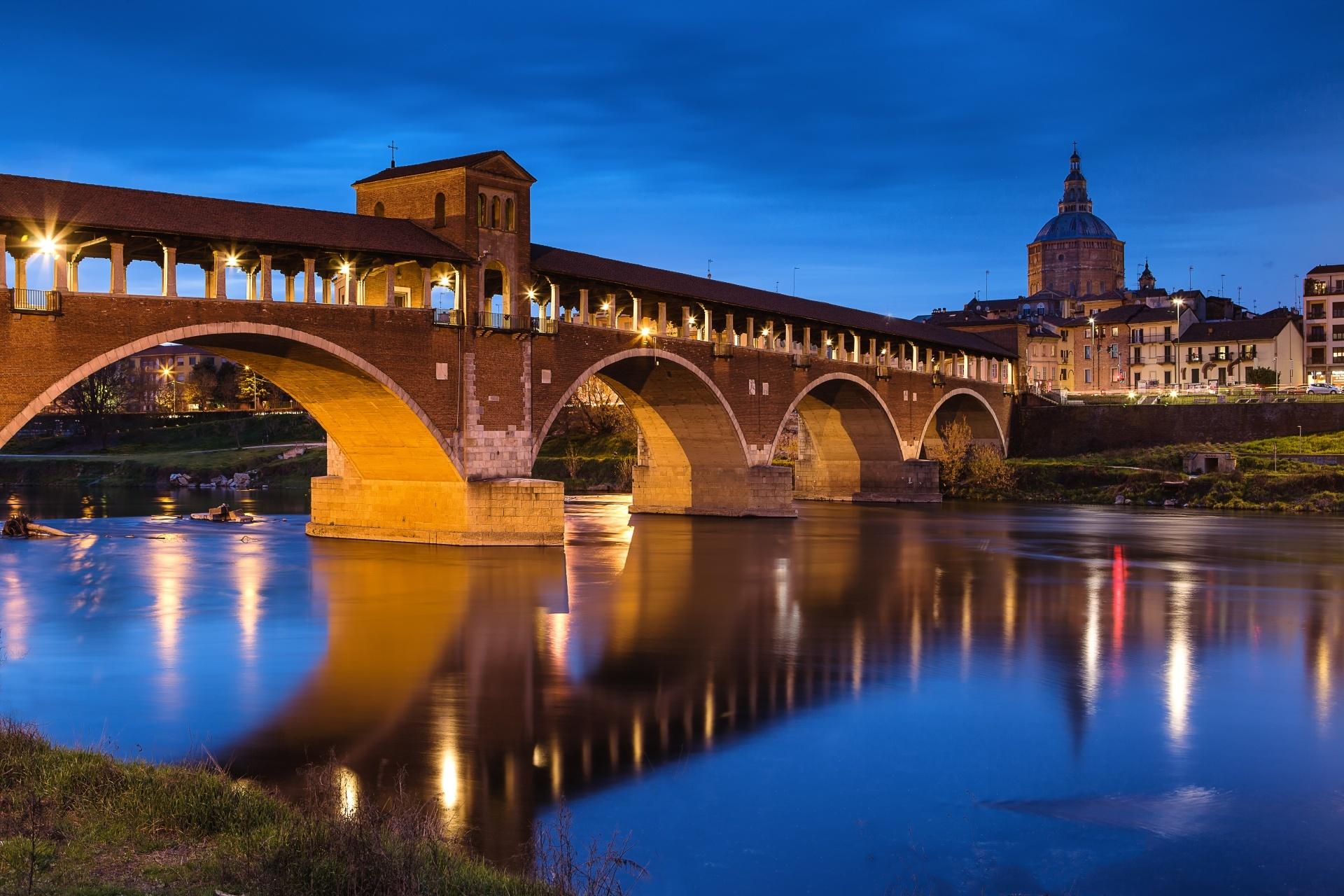 パヴィアのコペルト橋 イタリアの風景