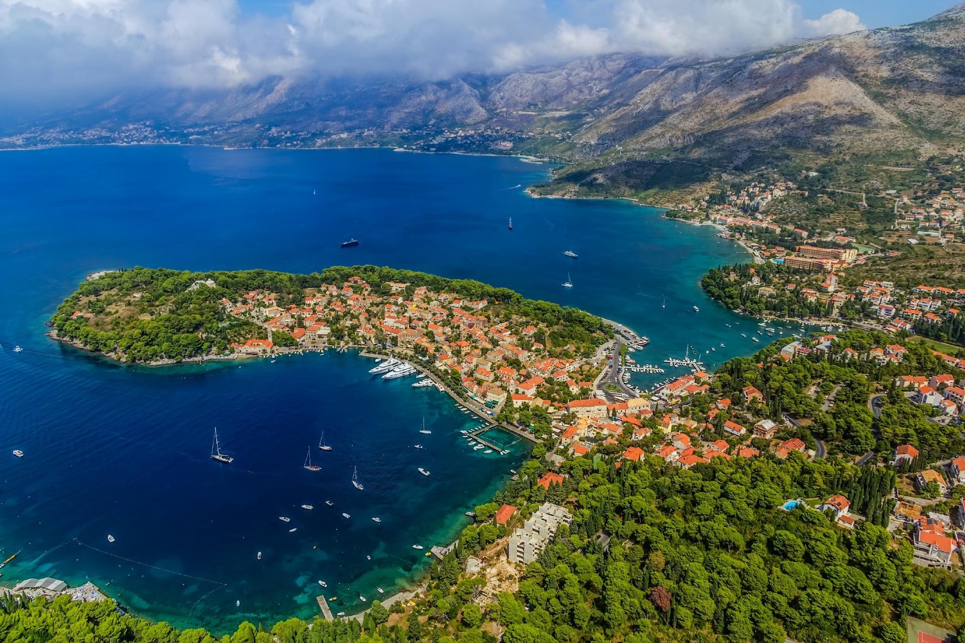 空から見るツァヴタットの風景 クロアチアの風景