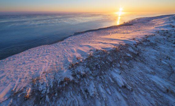 オホーツク海の夜明け ロシアの風景