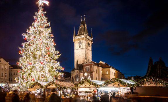プラハのクリスマスマーケット チェコの風景
