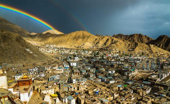 雨上がりのレーの風景 インドの風景