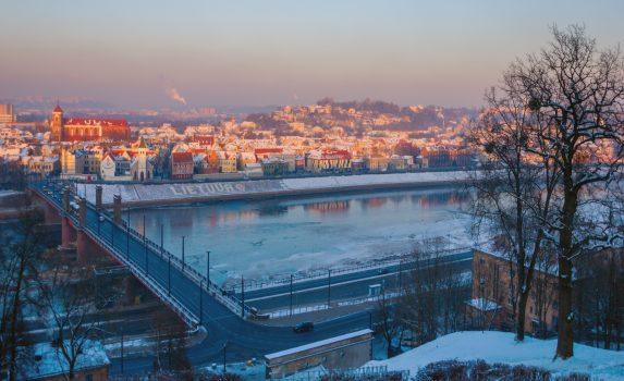 冬のカウナスの町並み リトアニアの風景
