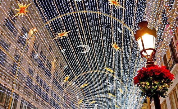 クリスマスのマラガの風景 スペインの風景
