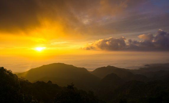 ドイアンカーンの日の出の風景 タイの風景