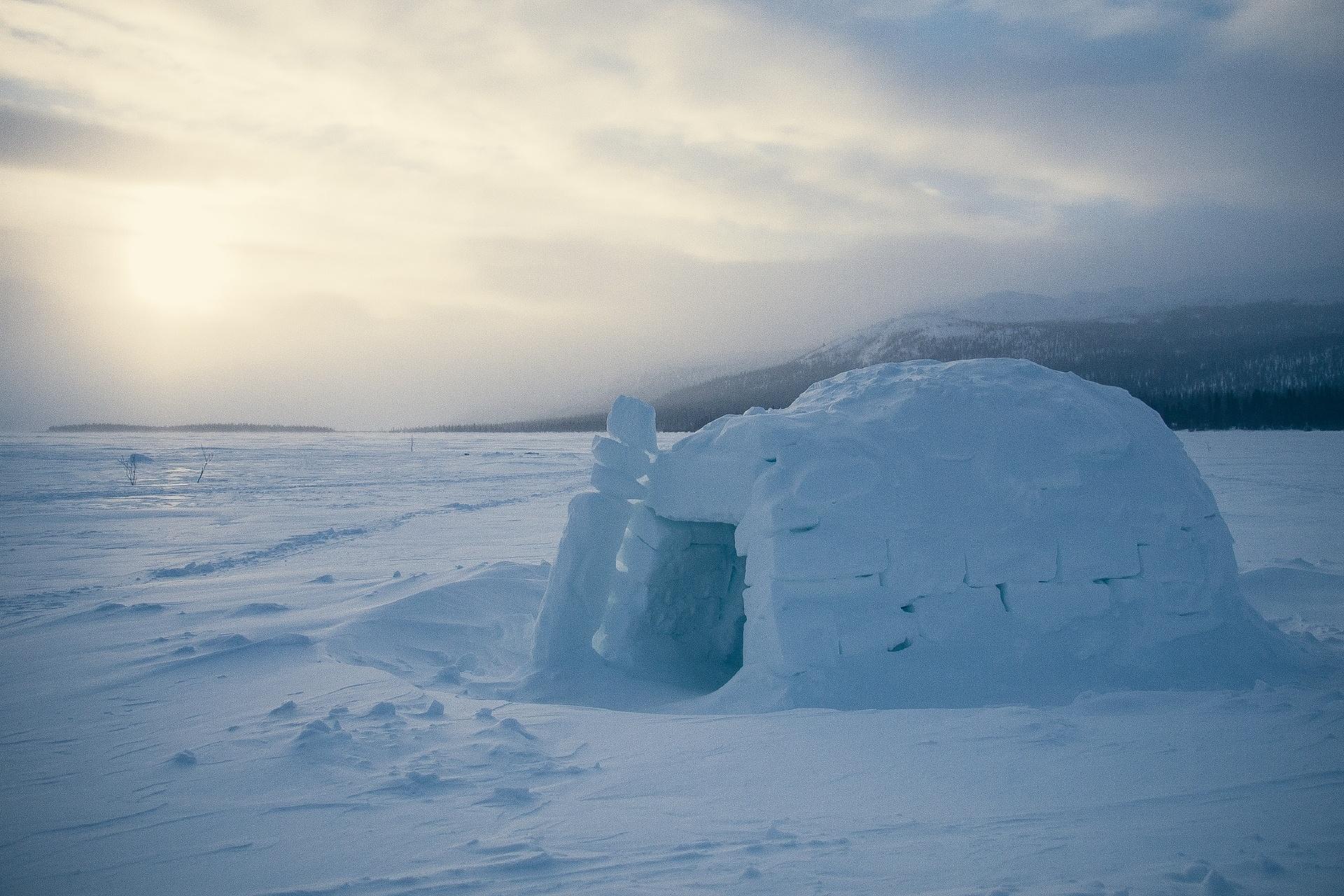 冬の夕暮れ カナダの風景