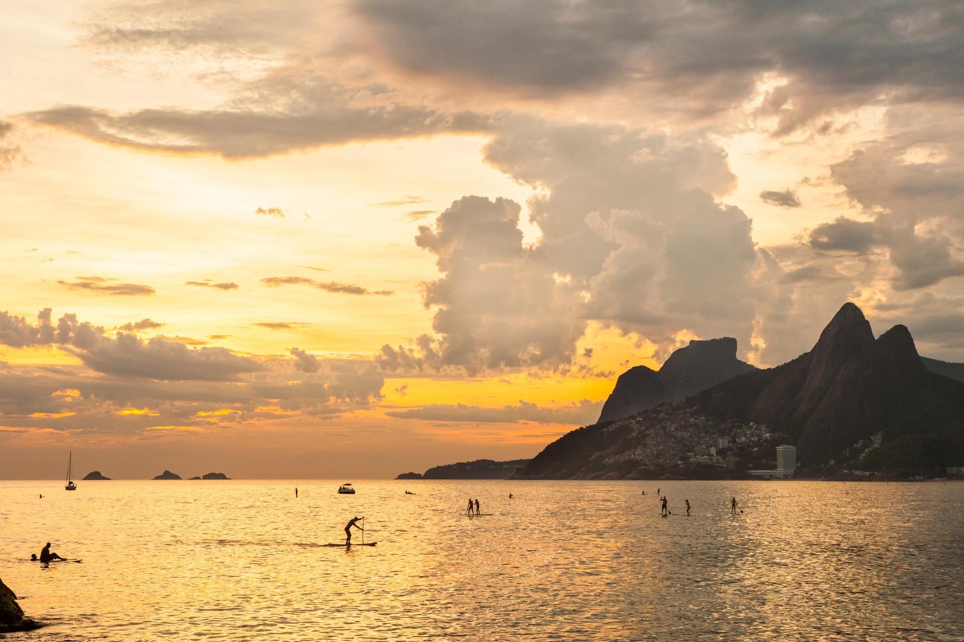 夕暮れのイパネマビーチ ブラジルの風景