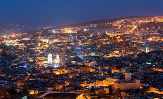 夜のフェズの町並み モロッコの風景