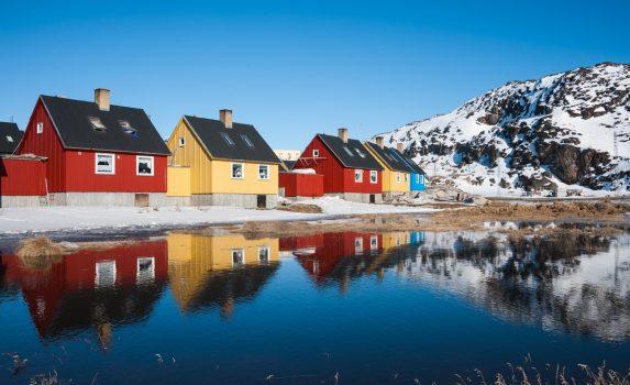 グリーンランドのカラフルな家々 グリーンランドの風景 デンマークの風景
