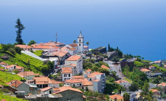 マデイラ諸島カマラ・デ・ロボスの風景 ポルトガルの風景