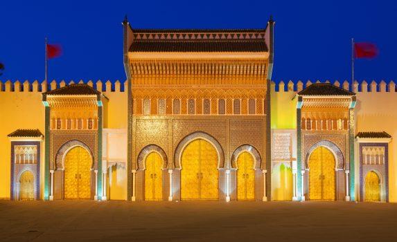 夜のフェズの王宮 モロッコの風景