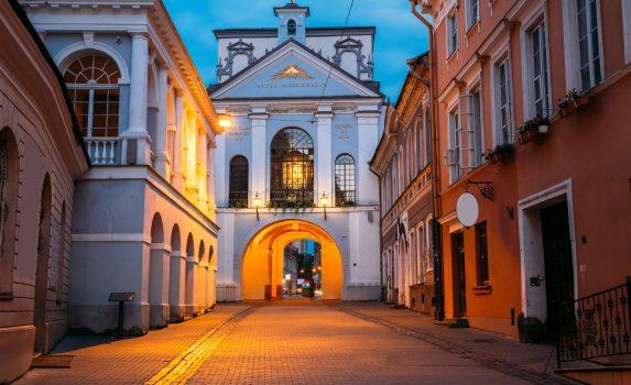 夜明けの門 ヴィリニュスの風景 リトアニアの風景