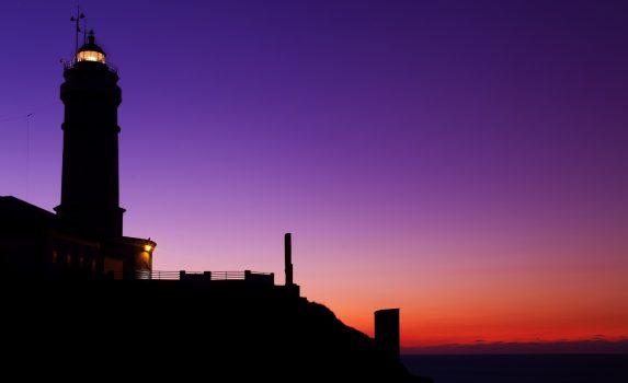 トワイライト風景 カボ・マヨール灯台 スペインの風景