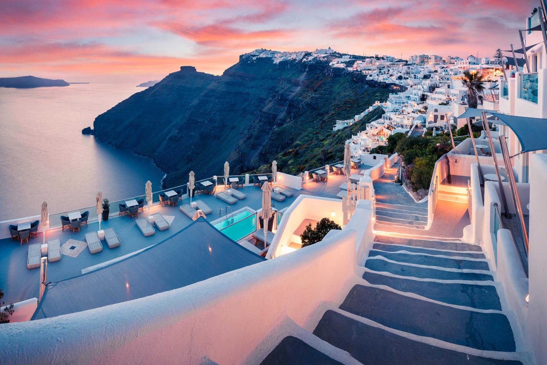 サントリーニ島の夕暮れ ギリシャの風景