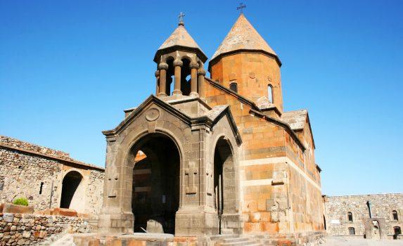 ホルヴィラップ修道院 アルメニアの風景