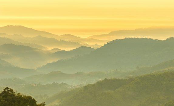 朝のチェンマイ タイの風景