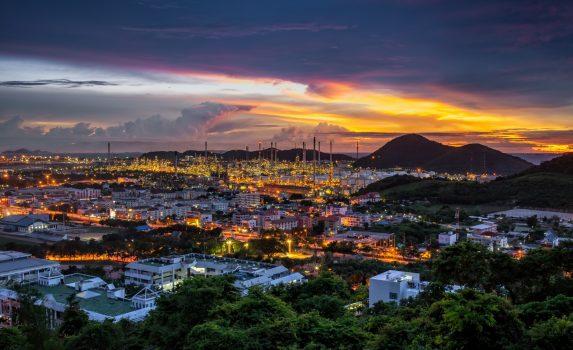 チョンブリーの夕暮れの風景 タイの風景