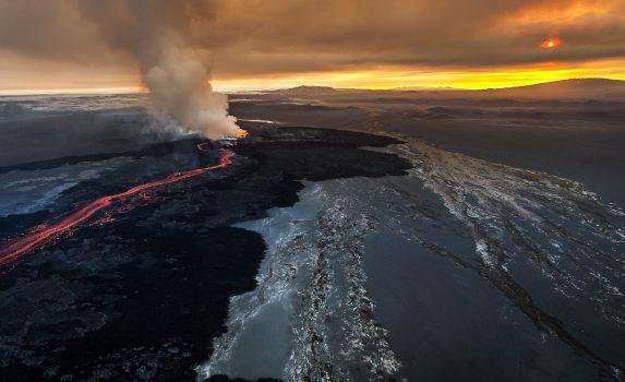 火山の風景 アイスランドの風景