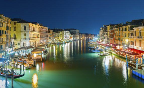 夜のヴェネツィア カナル・グランデ イタリアの風景