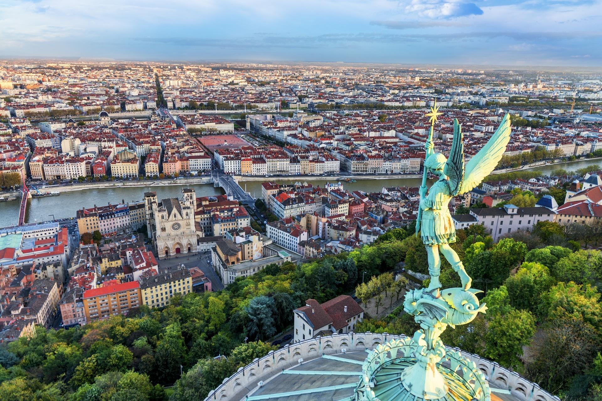 フルヴィエールから見るリヨンの街並み フランスの風景