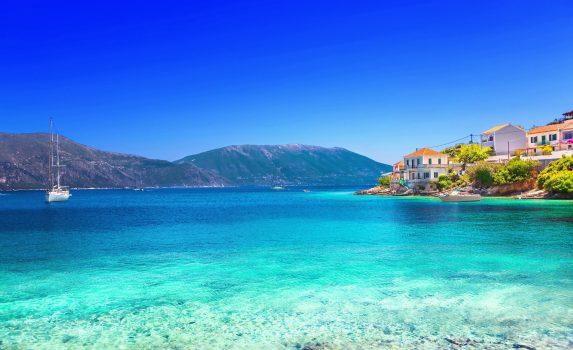 フィスカルド村の風景 ケファロニア島 ギリシャの風景