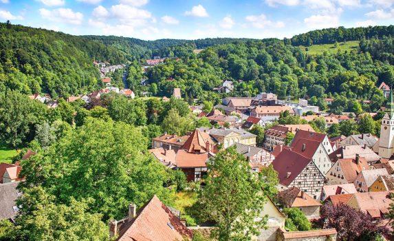 夏のバイエルン州の風景 ドイツの風景